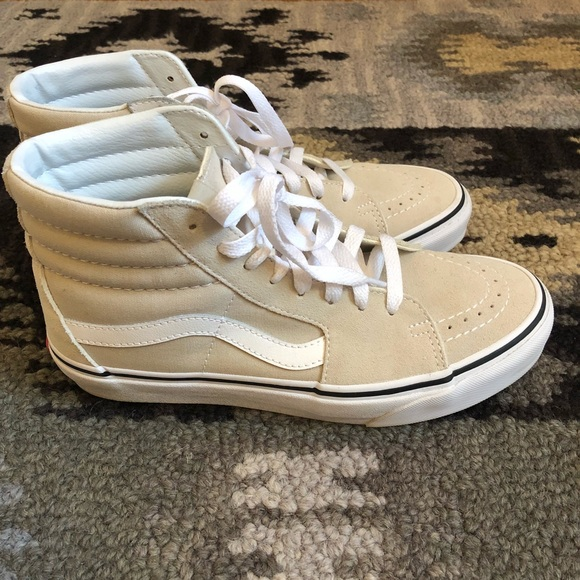 3234542de7 ... Silver Lining True White 8.5. M 5b5746e204ef5096bcc55f38. Other Shoes  you may like. NWT Vans Old Skool ...